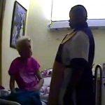 84歳のおばあちゃんを殴りまくる介護士の動画。