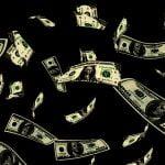 事故で3000万が散らばる。→ 負傷者を無視してお金を拾う人々。