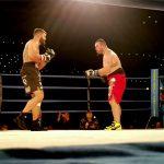 """ボクシングの試合中、KOされて """"その後死亡"""" した選手の映像。"""