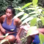 【閲覧注意】森の中に連れてこられた男女のカップル → 1人ずつ射殺するグロ動画。
