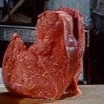 スライスした牛肉を使ったストップモーションアニメ。