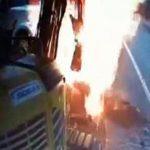 【衝撃映像】道路工事中、ガス管が大炎上。
