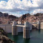 ダム撮影中に飛び降り自殺の瞬間を撮影してしまった映像。