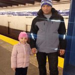 鬱病のお父さん、小さな娘を抱えて線路に飛び込み死亡。