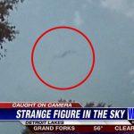 """【衝撃映像】米ミネソタ州の空で """"あまりにも奇妙な黒い物体"""" が撮影される。"""