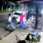 【衝撃映像】ブラジルのギャング、銃で襲撃に来た男たちを返り討ちにしてしまう。