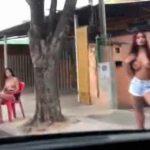 ブラジルの売春宿通り。オッパイ丸出しで客引きする売春婦たち。
