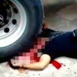 【閲覧注意】トラックのタイヤに頭を潰された男性のグロ動画。