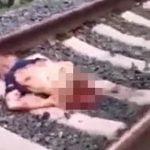 【閲覧注意】線路に横たわり自殺した男、胴体真っ二つ・・・。