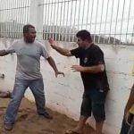 建設現場から機材を盗もうとした男、土方さんたちにリンチされる。