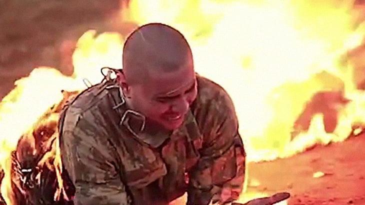 """【超!閲覧注意】ISISの """"6つの処刑方法"""" をまとめたグロ動画。"""