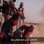 【閲覧注意】ISISに射殺される捕虜たち。頭を撃ち抜かれるスローモーショングロ動画。