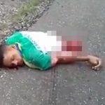 【閲覧注意】道路で泣き叫ぶ女性のそばに、胴体が切断された男性と女の子の死体が・・・。