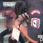 【閲覧注意】トラックに押しつぶされてしまった男、下半身がグチャグチャに・・・。