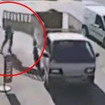荷台の扉をちゃんと締めていなかったトラック、道を歩いていた少年を殺してしまう・・・。