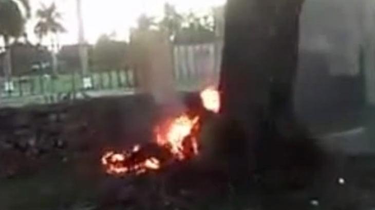 【衝撃映像】通りで人が燃えてるんだけど・・・。