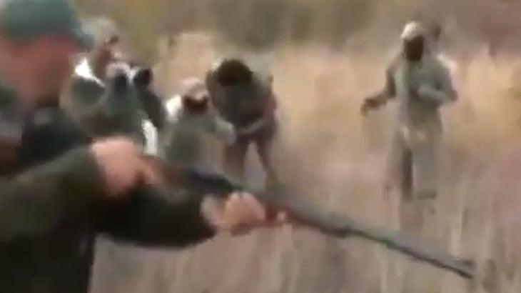 【衝撃映像】野生のヒョウ、めちゃくちゃ強い・・・。