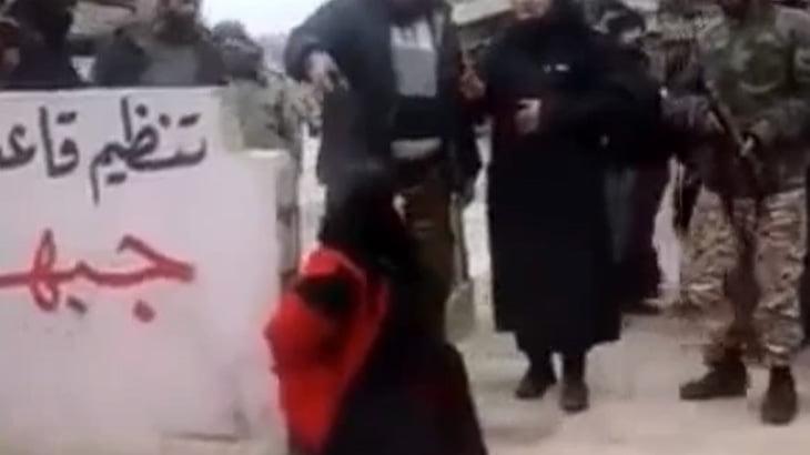 【閲覧注意】イスラム圏の女性、不倫セックスしただけで処刑されてしまう・・・。
