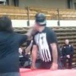 ガタイの良い男性、平手打ち大会で相手を失神KOしてしまう。