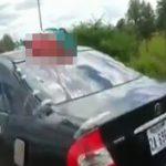 【閲覧注意】車と正面衝突したバイカー、半分に切断されて死亡・・・。