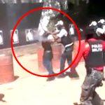 【衝撃映像】警察官の実弾演習中、防弾チョッキの内側に爆弾が入って爆発してしまうアクシデント。