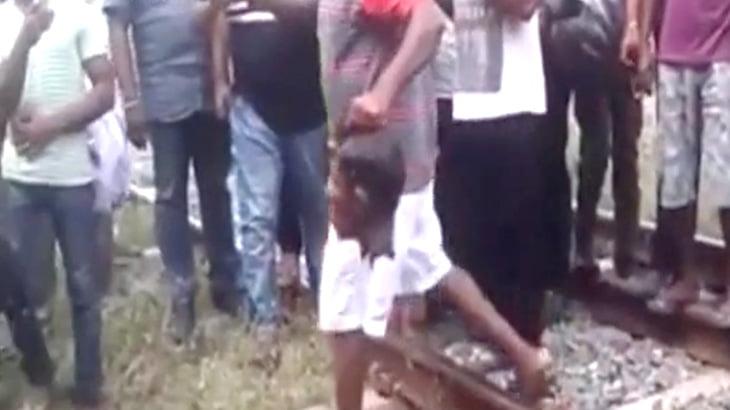 【閲覧注意】線路に横たわって自殺を図った男、首を切断されて死亡・・・。