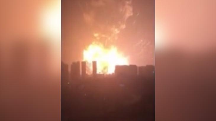 【衝撃映像】165人が死亡した中国の天津浜海新区倉庫爆発事故の瞬間。