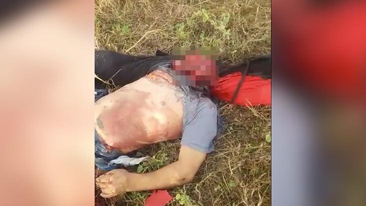 【閲覧注意】バイク事故の男性、顔が剥がれてしまったグロ動画・・・。