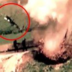 【衝撃映像】IED(即席爆発装置)に空高く吹き飛ばされてしまう男。