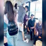 電車内でウンコ漏らしちゃった男性。