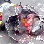 【閲覧注意】フルフェイスを粉砕され頭が割れて死亡したバイカーのグロ動画・・・。