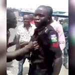 誤って老人男性を殺してしまった警察官、住民たちからリンチを受ける・・・。