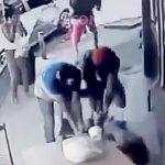 【衝撃映像】真っ昼間から銃で殺されてしまった男性・・・。