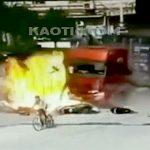 【衝撃映像】暴走したトラック、とんでもない事故を起こして大勢を殺してしまう・・・。