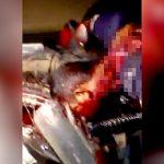 【閲覧注意】バイカーさん、事故で首がちぎれて死亡したグロ動画・・・。