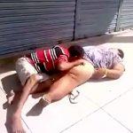 真っ昼間から路上で肥満女のマ●コを舐めるオッサン・・・。