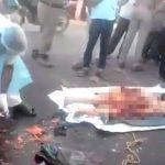 【閲覧注意】事故で身体がグチャグチャになった女性の肉片を回収するグロ動画。