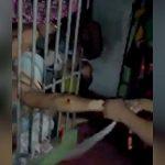 【閲覧注意】腕が折れるまで棒で叩かれる囚人たち。