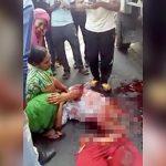 【閲覧注意】トラックに胴体を真っ二つにされてしまった女性のグロ動画・・・。