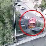 【衝撃映像】大量の爆弾を積んだトラックが爆発する瞬間。威力がヤバすぎる・・・。