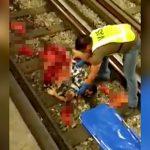【閲覧注意】駅のホームから電車に飛び込んで自殺した男の身体を回収するグロ動画。