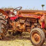 【閲覧注意】農業機械に巻き込まれて死んでしまった男のグロ動画。