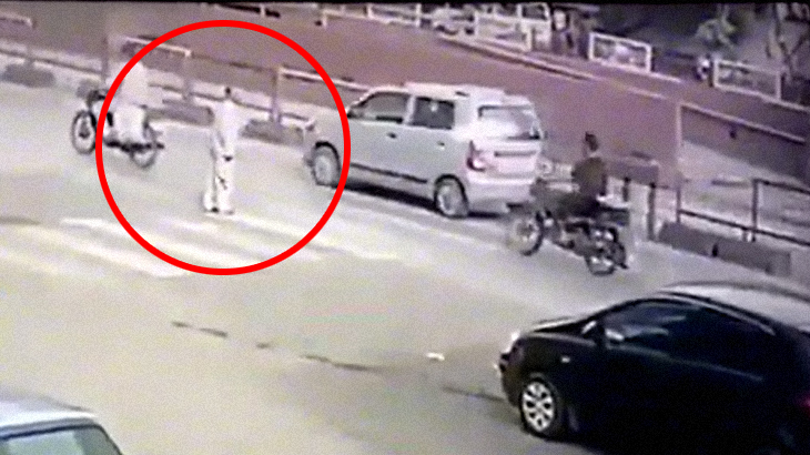 【衝撃映像】道路横断スキルLv.99の男。