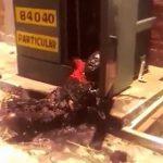 【閲覧注意】配電盤から銅線を盗もうとして感電死した男・・・。