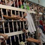 【閲覧注意】ブラジルの刑務所、音楽も聴けるし囚人の首も切断できるイカれた世界。