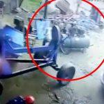 加圧タンクが爆発して1人の作業員が死亡するアクシデント映像。