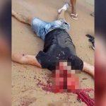 【閲覧注意】バイク事故で頭がパカッと開いてしまった男のグロ動画。