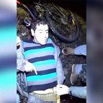 【閲覧注意】電車に両脚を切断された放心状態となってしまった男のグロ動画。