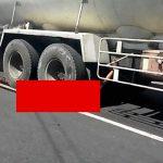 【閲覧注意】トラックに轢き潰されて身体があらぬ方向に曲がって死んだ女性のグロ動画。
