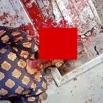 【閲覧注意】事故を起こしたバス車内、頭が割れて死んだ女性と飛び散った肉片を撮影したグロ動画。